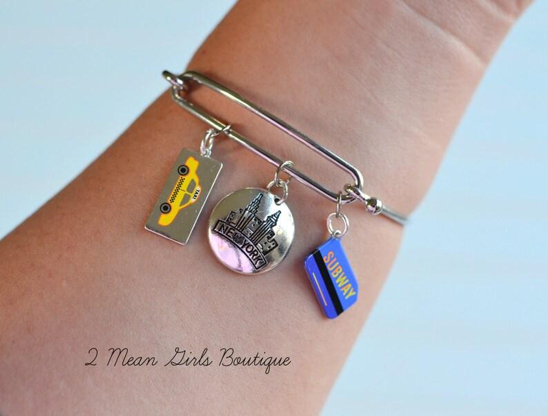 Traveler Jewelry, Wanderlust Jewelry, The Big Apple, New York Jewelry, New  York Bracelet, NYC Jewelry, NYC Bracelet, I love Traveling