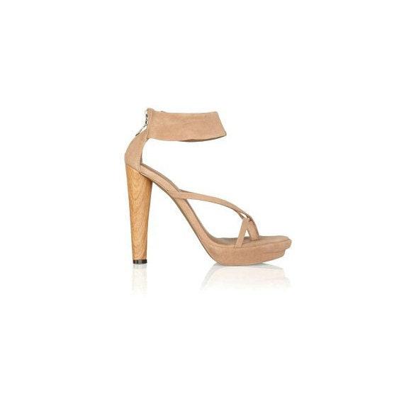 Vtg BCBG MAXAZRIA High Heel SandalsNude Suede Designer HeelsBCBGMaxAzria Jasmin Suede Tan Leather Solid Heel Ankle Strap Party High Heels