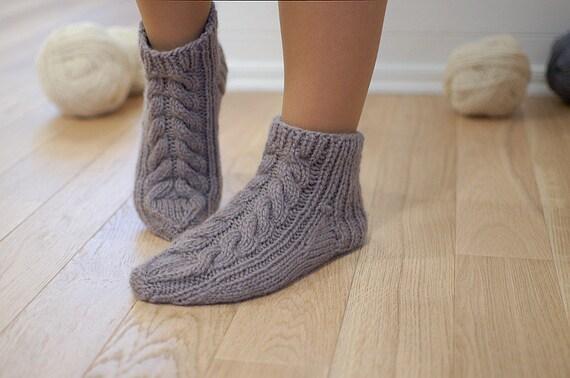 Mano di lana organica Knit pantofole Eco intrecciato  ed009c70e9a
