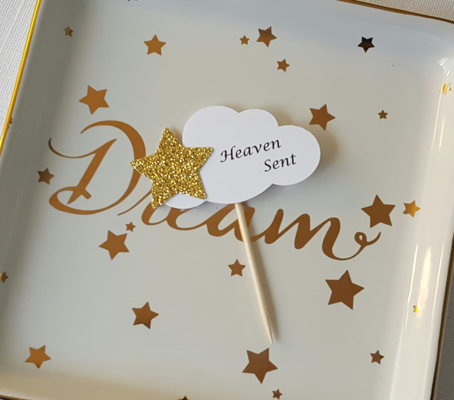 zoom Gold Star on White Cloud u0027Heaven