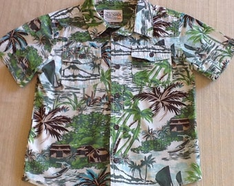 a2a84850e2f Boys Old Navy 5T Hawaiian shirt with all the style of a classic adult  garment