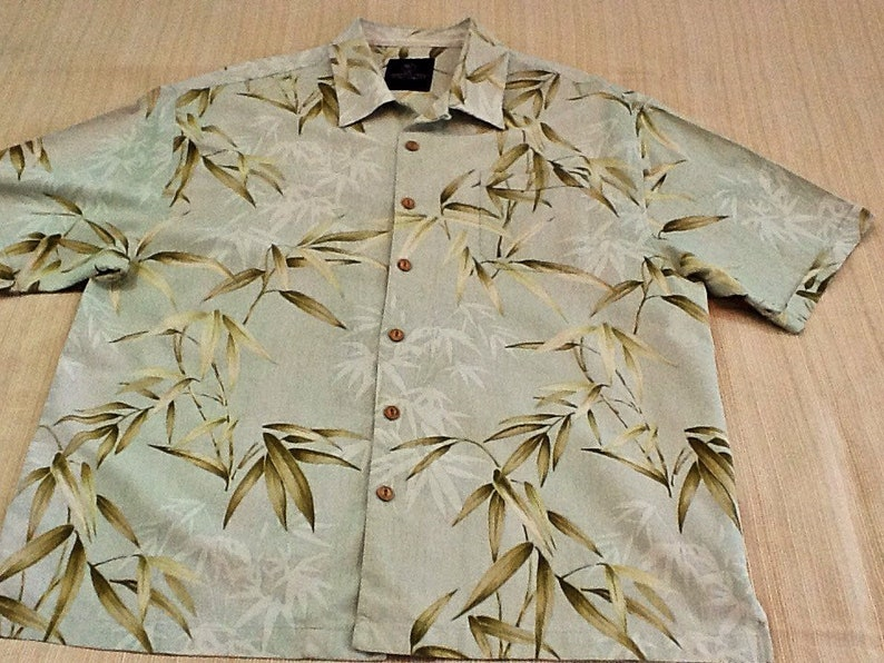 f3bb0a365edeaa Men s Jamaica Jaxx Hawaiian Shirt size 2 XL. Washable