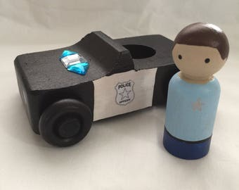 Peg doll Police car