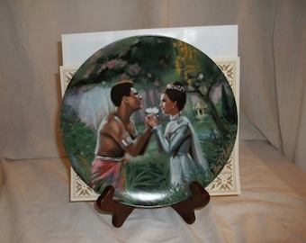 """1985 Knowles plate """"We Kiss in a Shadow"""" The King & I Series William Chambers"""