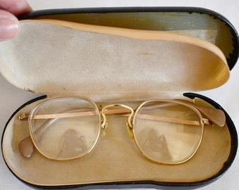 a50c1e3578e Vintage 1940s Art Deco Yellow Gold Filled Wire Rim Glasses American Optical  In Case