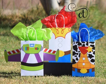Toy Story Favor Bag, Toy Story Favor, Toy Story Birthday, Toy Story Favor Tag, Toy Story Party, Toy Story Bags, Toy Story Inspired
