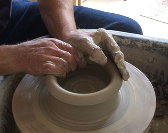 One day Throwing Course For Beginners on The Potters Wheel
