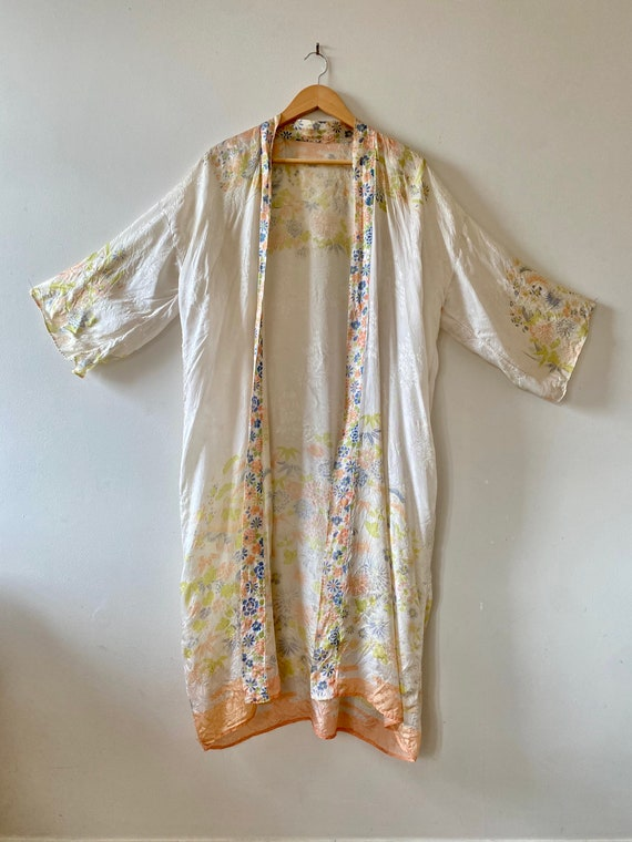 Vintage 1920's Rayon Japanese Floral Robe // as-is