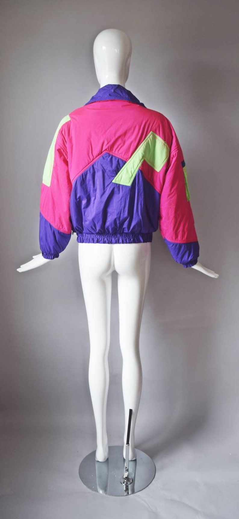 pockets high neck nylon zip up casual 1990s streetwear colorful vtg 90s CB Sports hot pink neon green colorblock winter ski coat jacket