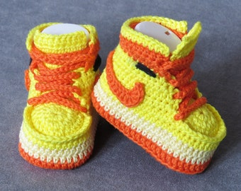 Crochet Baby Shoe, baby booty, crochet baby shoe, baby boy booty, crochet jordan 1, newborn shoes, baby shoes, booties crochet jordan 1