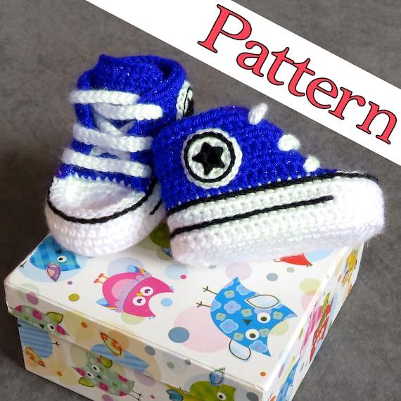 b190bb58b7df Baby shoes pattern Crochet Converse Blue high top baby