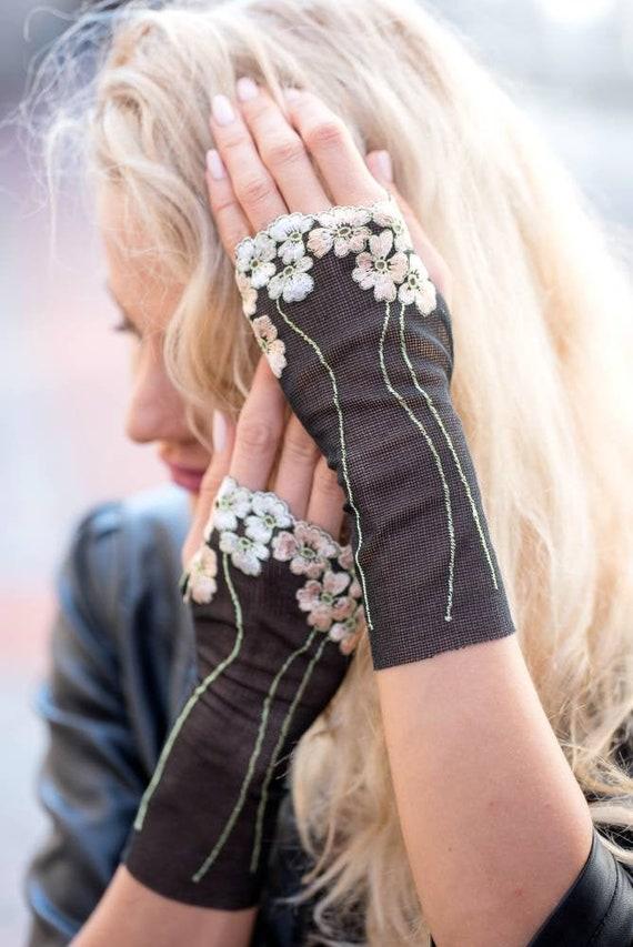 Gloomy Gauntlets Women Black Gothic Sleeves Sheer Arm Warmers