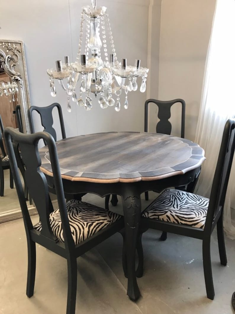 Brilliant French Style Round Inlay Dining Table And 4 Chairs Animal Print Beutiful Home Inspiration Xortanetmahrainfo