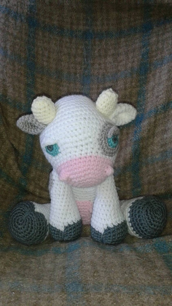 jouet en peluche vache crochet