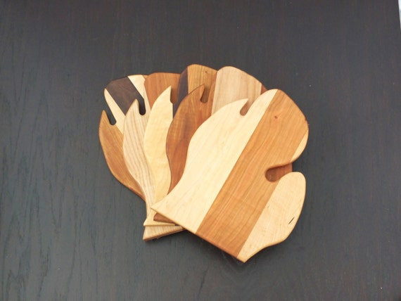 Little  Michigan Cutting Board. Lower Peninsula. Great gift for the Michigan lover, snow bird, or cook.