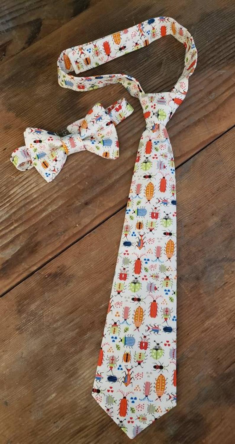 Bugs Pre Tied Tie Boy/'s Bowtie Boy/'s Tie or Bow Tie Boy/'s Necktie Boy/'s Bow Tie Bug Tie