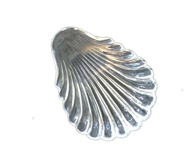 Vintage Baccarat Shell Finger Plate