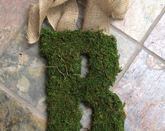 Personalized Moss Initial with Burlap Hanging