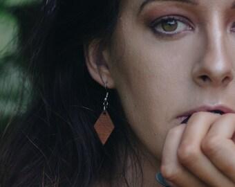 Compass point earrings - diamond shape earrings - wooden earrings - geometric earrings - sustainable jewellery - eco-friendly jewellery