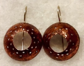 Earrings in copper and silver plated copper.