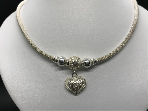 Chic Sterling Silver Heart Necklace