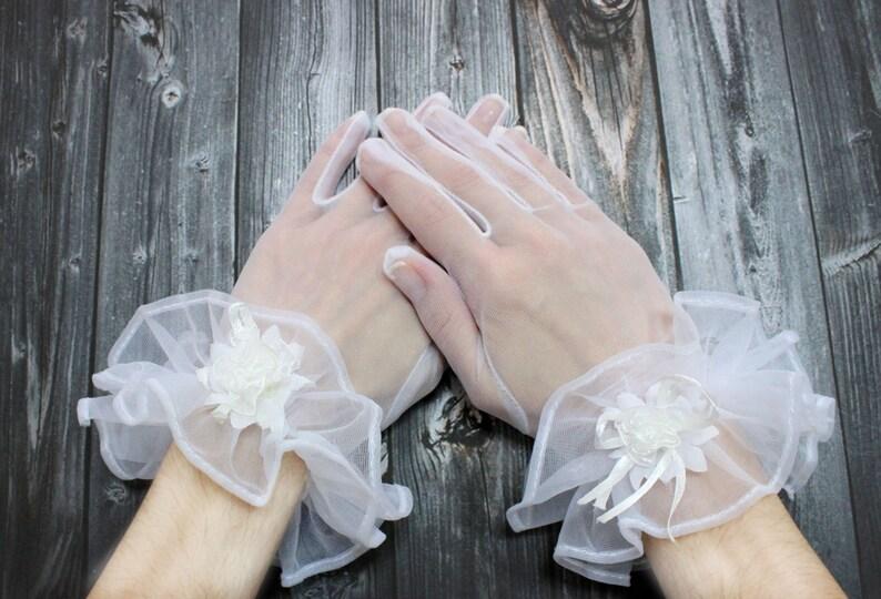 43849eaff6fe Guanti da sposa di organza bianca sposa guanti in tulle