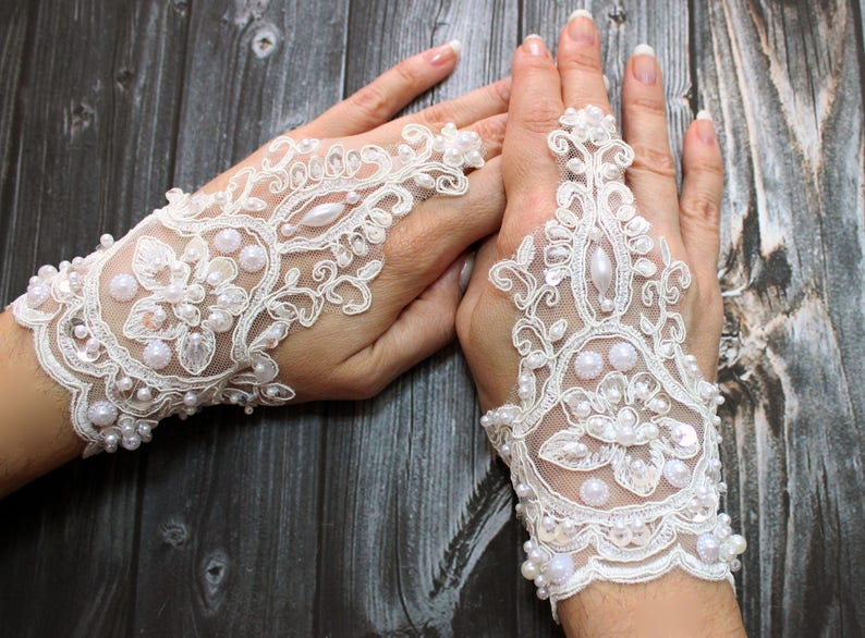 722df716386 Beaded Wedding Delicate Gloves Lace Beaded French Lace White