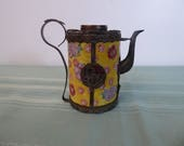 Antique Miniature Handed Painting Chinese Porcelain Teapot with Alloy Brass