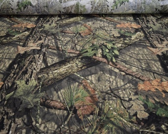 """Mossy Oak Breakup Country Jersey knit T-Shirt Hunting Camouflage 56"""" Wide By The Yard 36"""" Long"""