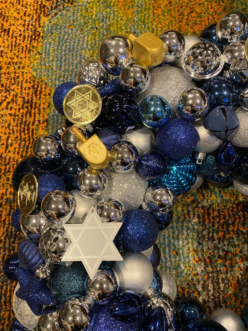 Hanukkah Ornament Wreath