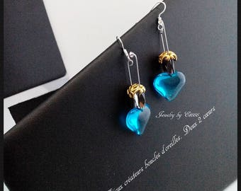 Bijoux créateurs boucles d'oreilles. Deux 2 cœurs