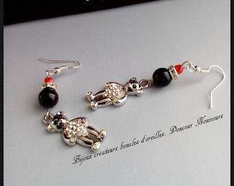 Creative jewelry earrings. Sweetness Teddy