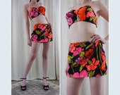 Vintage 50s DeWeese Neon Floral High Waisted Skirted Molded Cups Swimsuit S M