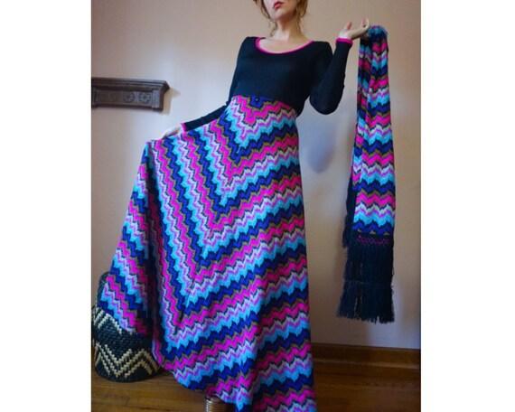 Vintage 60s 70s Chevron Full Skirt Knit Maxi Dress