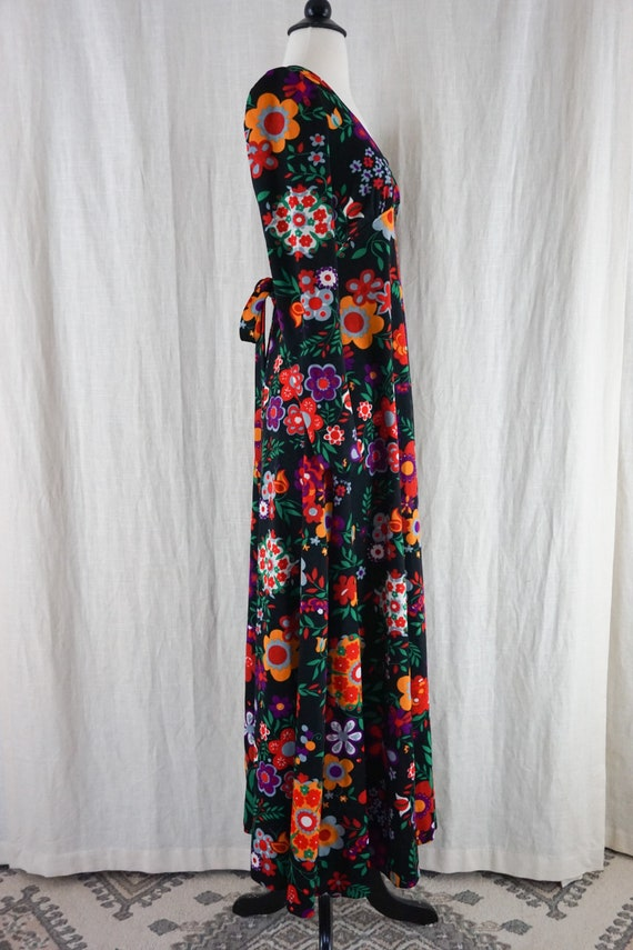 Vintage 60s Colorful Dark Floral Hippie Boho Long… - image 4