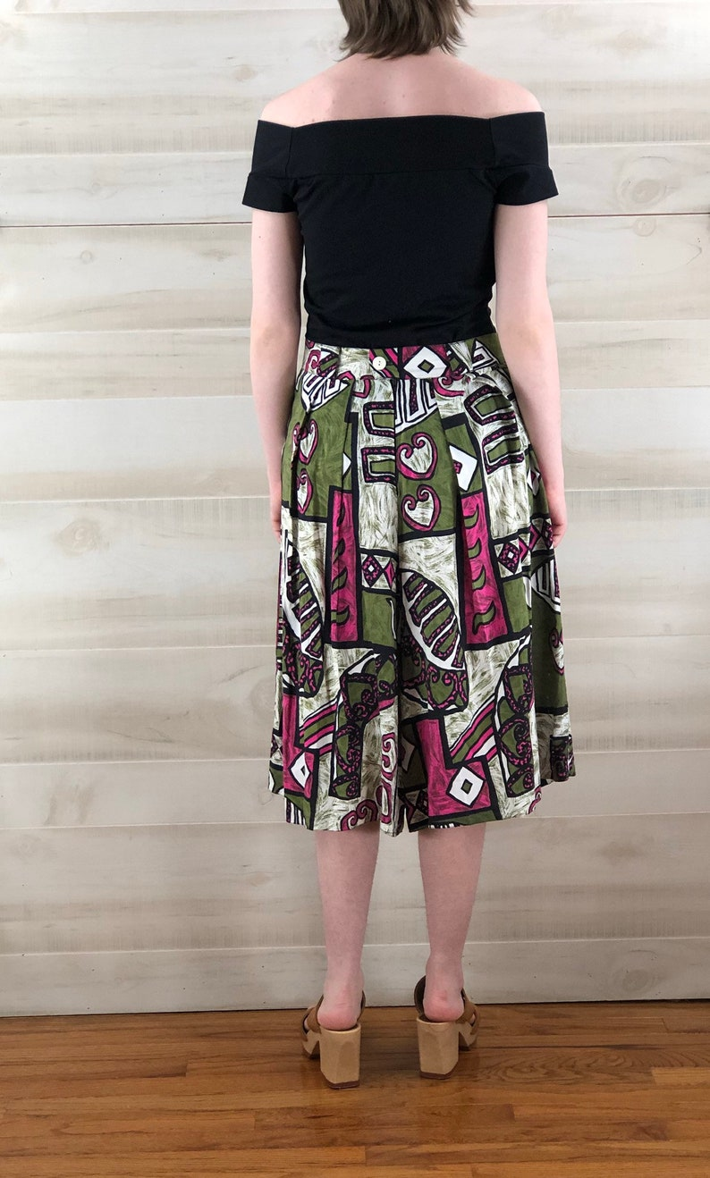 80s abstract tribal culottes shorts pockets pink green geometric M L