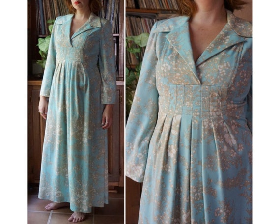 Vintage 70s Mint blue floral collared hippie boho