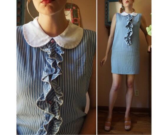 Vintage 60s Blue White Pinstriped Peter Pan Collar