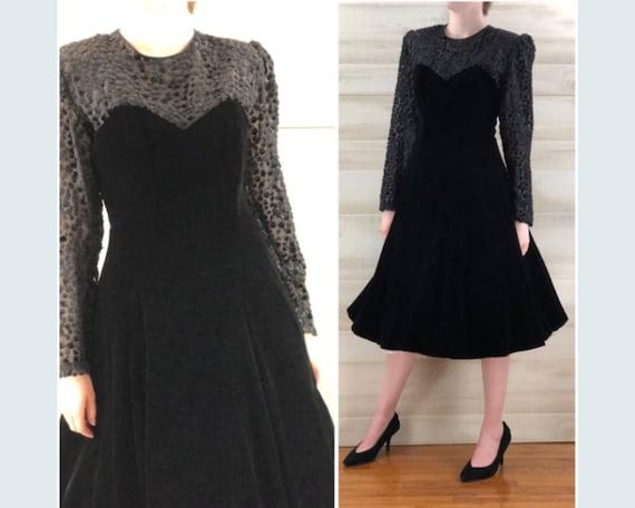 a267784899515 Vintage 80s does 50s flocked black velvet long sleeve illusion