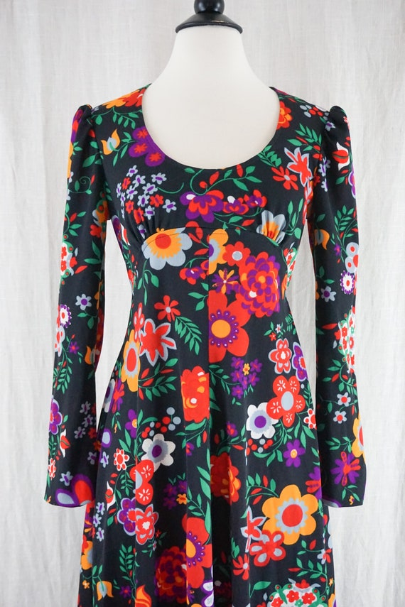 Vintage 60s Colorful Dark Floral Hippie Boho Long… - image 6