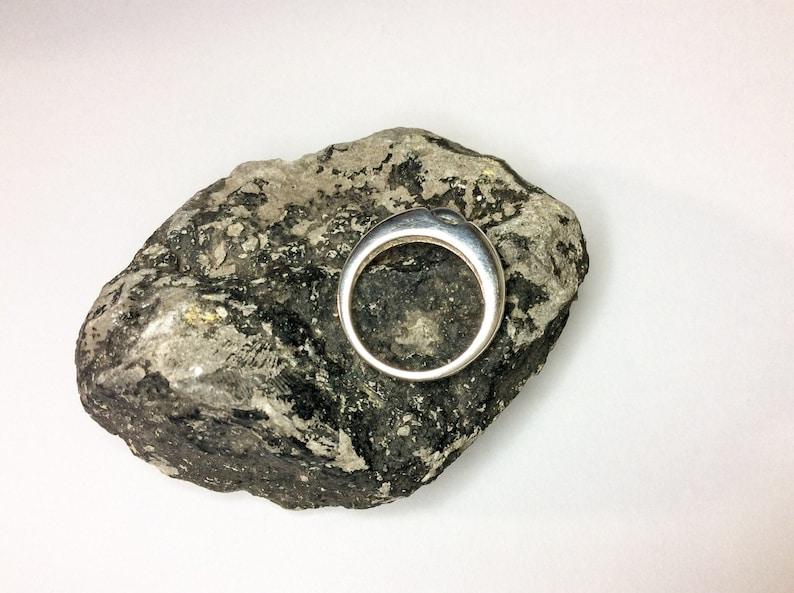 Vintage Single Pearl Sterling Silver Ring by American Designer R J Graziano Avon Circa 1976-1980 UK Size K USA 5 18 FREE Zipper Charm