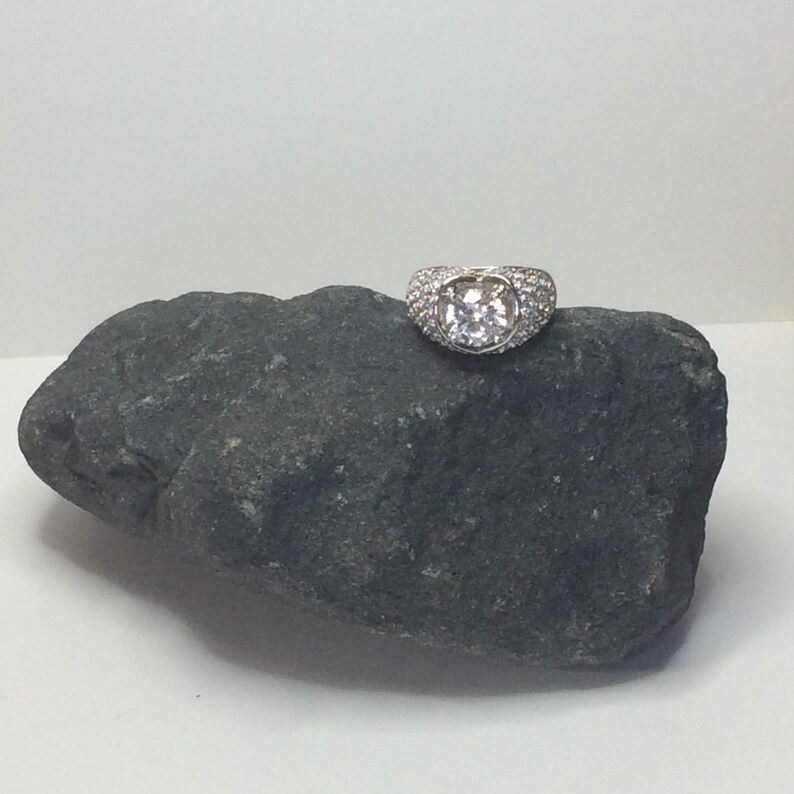 Stunning Created Diamond Dress Rings With Brilliant Clear Russian Absolute\u2122 Diamonds in Sterling Silver FREE Purse Charm Sizes J5 /& M6