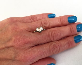 Tiny Heart Ring, Dainty Heart Ring, Heart Charm Ring, Silver Heart Ring, Charm Rings, Stackable Rings, Midi Rings, Minimalist Rings