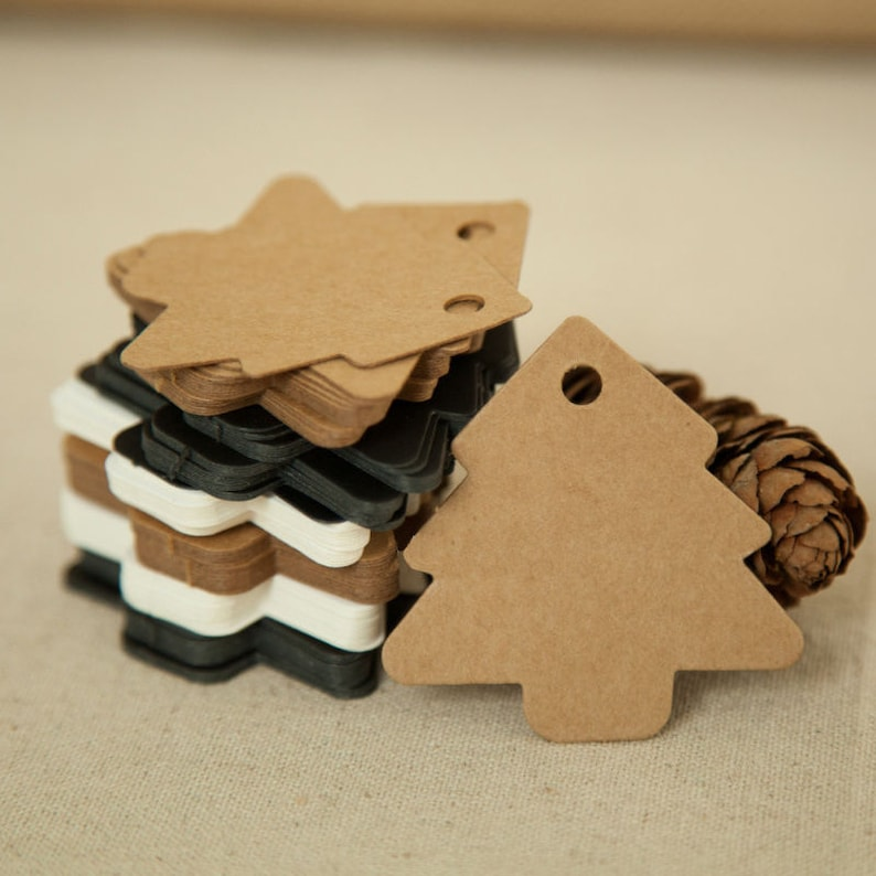 50pcs Christmas Kraft Paper Hang Tags Wedding Party Favor Label Price Gift Cards