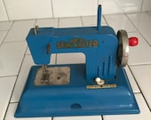 Child size KAY AN EE sewing machine Blue Chrome metal original 1940 39 s hand crank collectible display battery operated