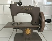 Child size Singer sewing machine Taupe Color Gold Seal metal original 1930 39 s hand crank All Metal collectible display