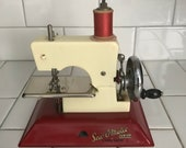 Child size Straco Sew-O-Matic Junior Red and Ivory sewing machine hand crank England Metal 1940 39 s collectible display