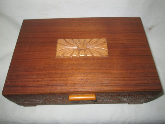 Wooden Swiss Music Box Early Mid Century with flor