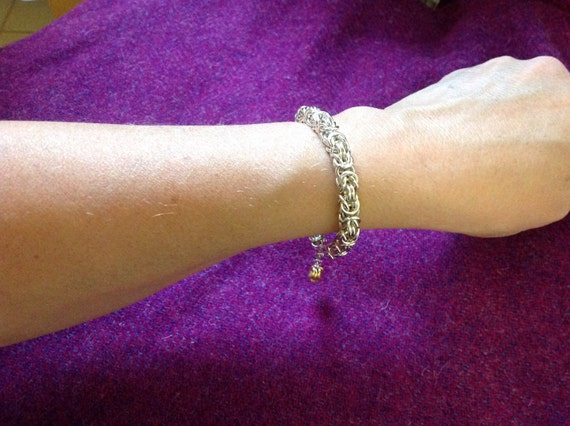Byzantine weave bracelet with dangle in Sterling Silver - medium weight