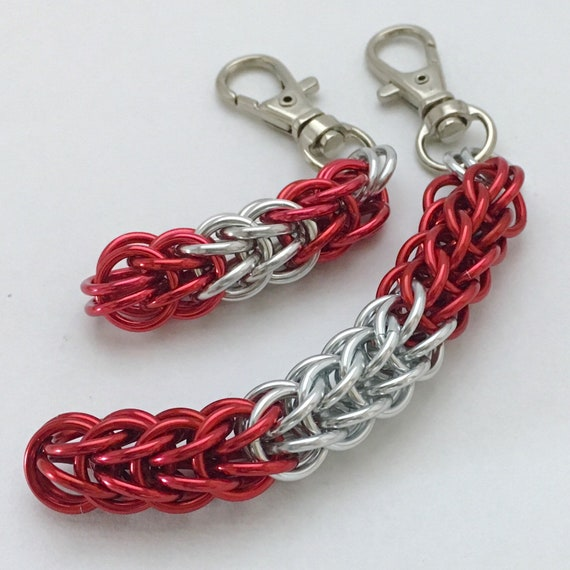 Canada Flag Colours chainmaille clip-on keychain / zipper pull / purse charm